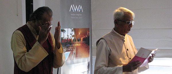 Dr Sankara worshipping with seekers
