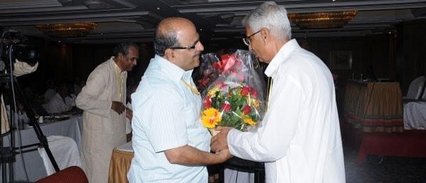 Kannanji welcoming Dr Joshi